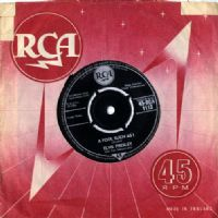 Elvis Presley - A Fool Such As I/ I Need Your Love Tonight (1113)  Round Centre